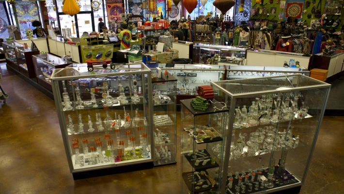 Dallas smoke shop dallas head shop hippie jewelry for Jewelry stores in dfw area